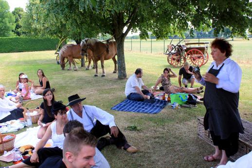 picnic-1-sit